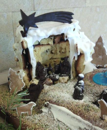 SicilianHousewife - nativity scene of panettone and chocolate