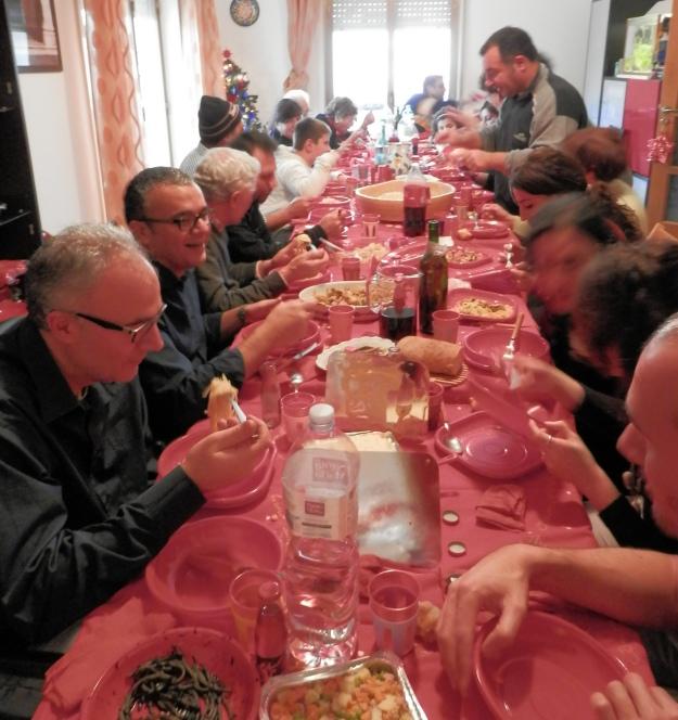 SicilianHousewife - lots of italian people having dinner