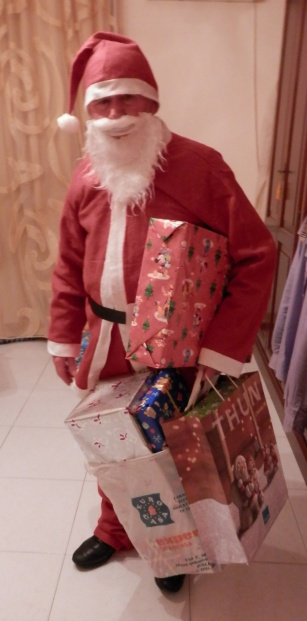 Sicilian Housewife - Sicilian Father Christmas