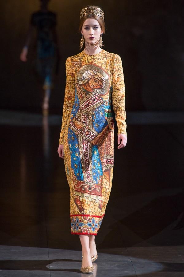 Dolce-Gabbana-Fall-Winter-2013-2014-3-600x901