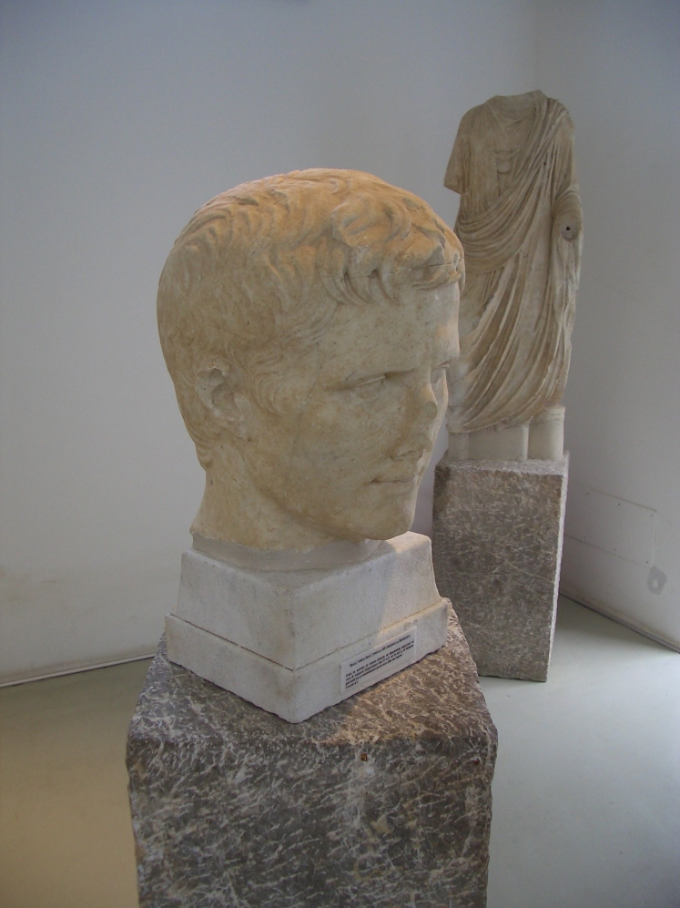 This is a portrait of the first Roman Emperor, Caesar Augustus. Spotting this in the museum at Tindari felt like bumping into a beloved old friend just where you least expect to see him.