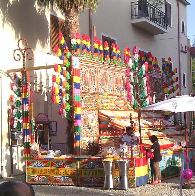 market nut stall