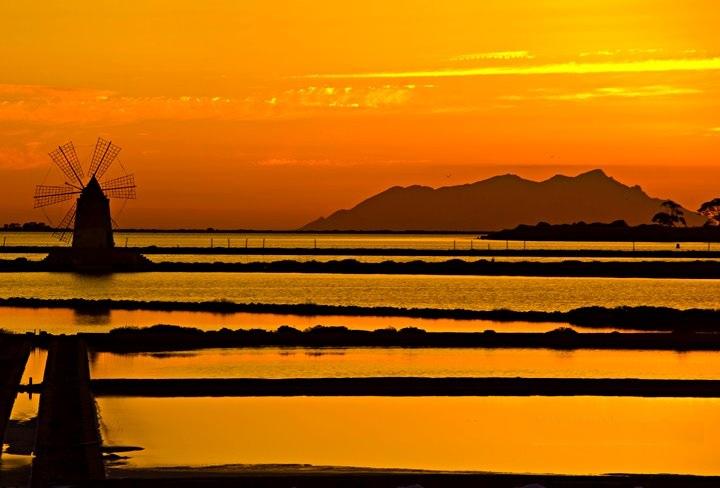 saline-d-i-marsala-al-tramonto-f52346ab-c9bb-498a-b108-daff6ec5c0a5