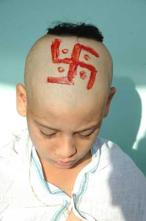 Swastik_on_head